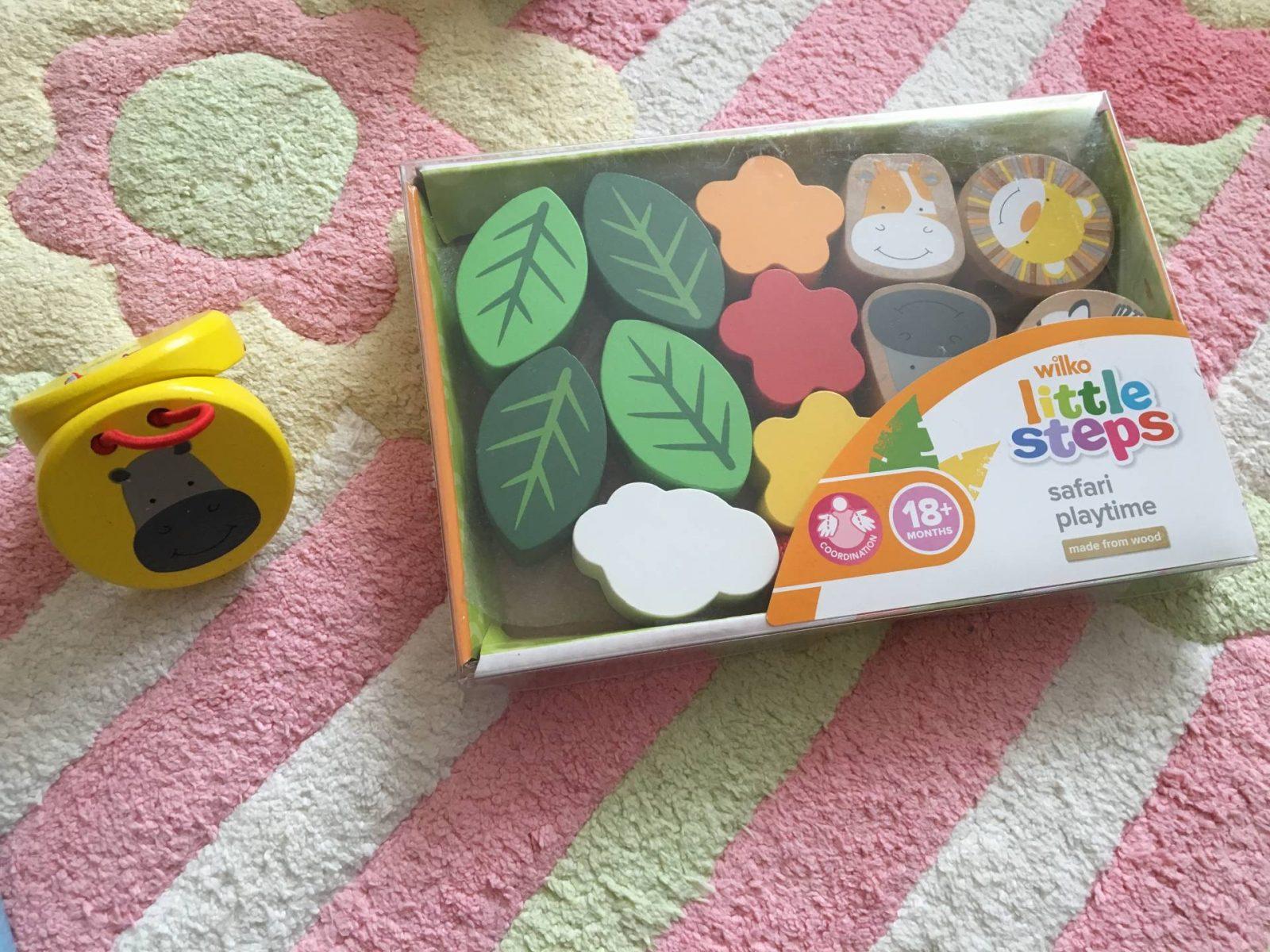 Holly-toys