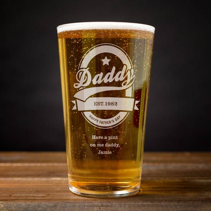 personalised-pint-glass---daddy-established_d