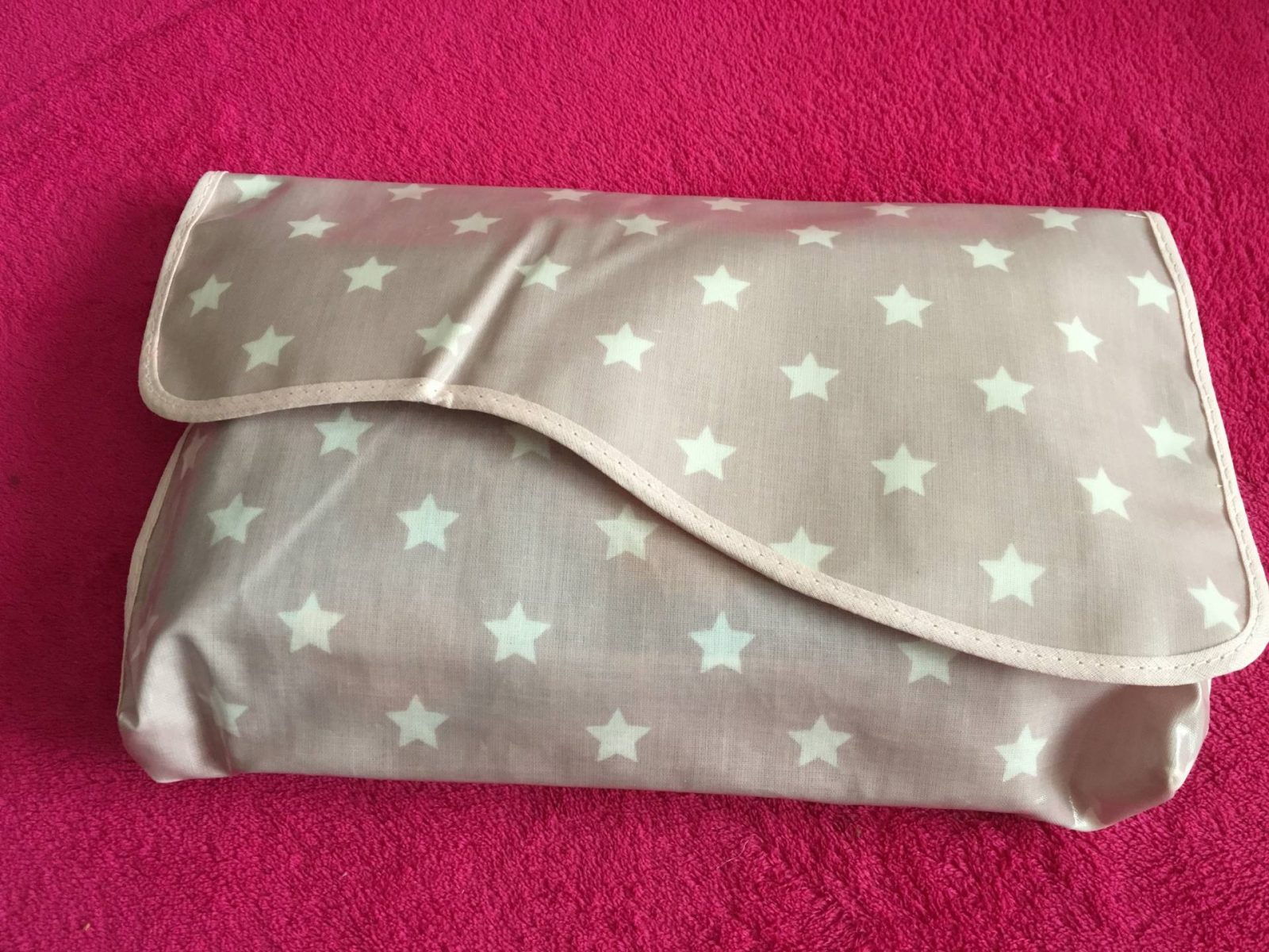 Review: Messy Clutch Bag and Mini Mat…