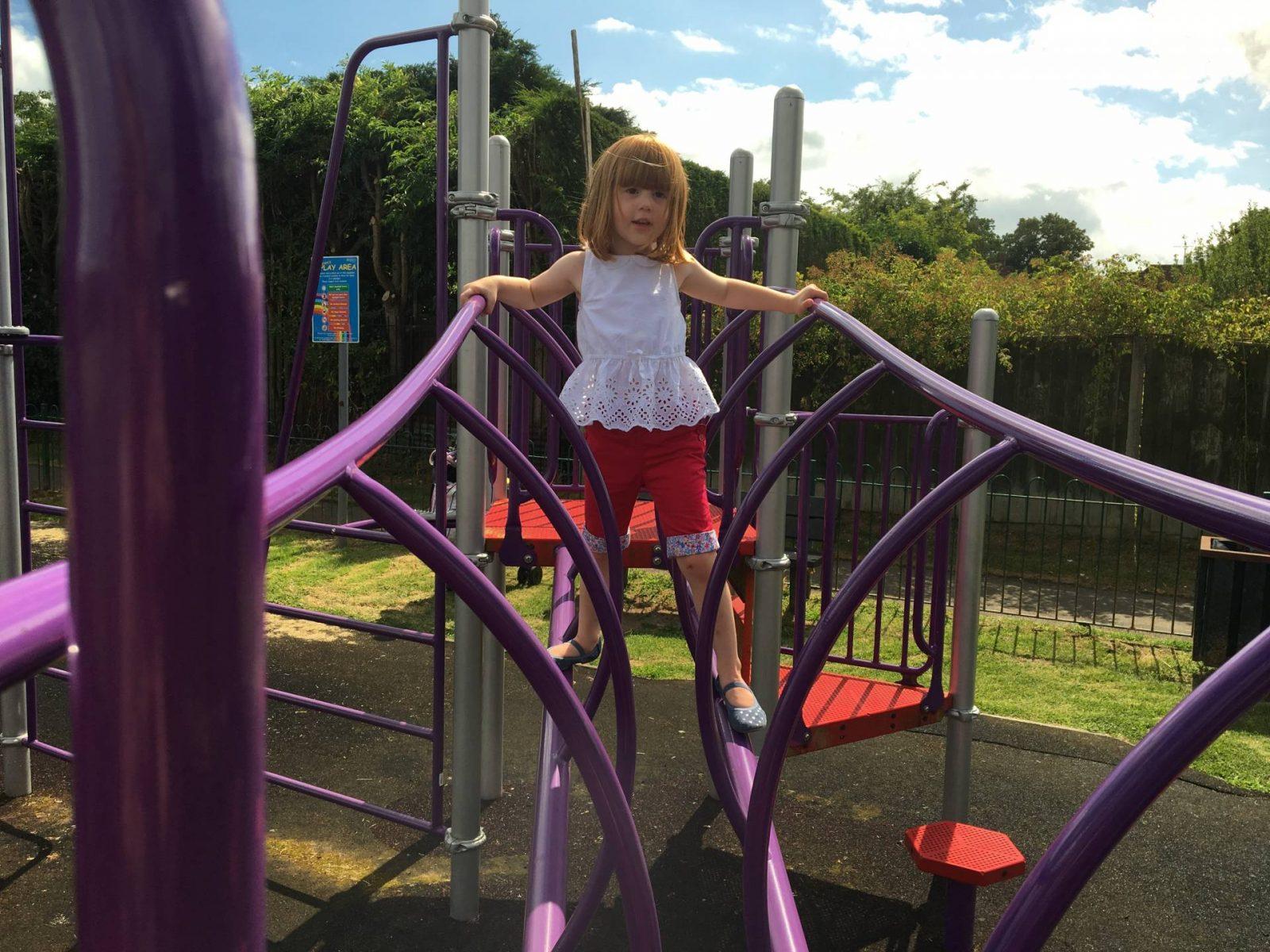 Alice-climbing