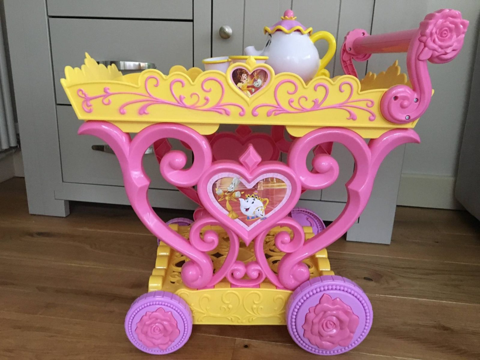 Review: Belle Musical Tea Party Cart…